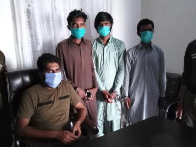 تھانہ فتح جنگ پولیس کا جوئے کی محفل پر چھاپہ، 3 گرفتار